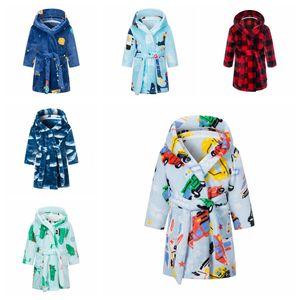 Pijamas para bebés Robe para niños Franela Bebé Albornoz de manga larga Capucha Kids Baño Robe Dibujos animados Niños Niños Chicas Noche Vestido Zyy282