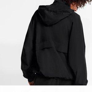 Fashion European 2054 Future Metal Logo Hooded Jacket Windbreaker Oversize Jacket Couple Mens And Women Loose Thin Coat HFXHJK102