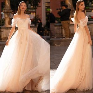 2021 Classic Tulle A Line Wedding Dresses Crystal Off the Shoulder Sweep Train Robes De Mariée Lace-up Country Bridal Gowns