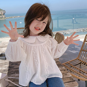 2020 New Fall Girls Princess Shirts Autumn Kids Lace Doll Collar Long Sleeve Tops Sweet Children White Floral Embroider Shirt S512