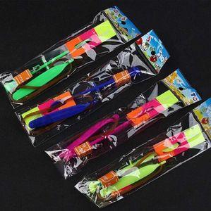 Factoryxsa8Flyer Hubschrauber-LED-Pfeil Fliegerfliegen Regenschirm Kinder Spielzeug Erstaunlicher Schuss Beleuchtet-up Fallschirm-Geschenke Meer Versand