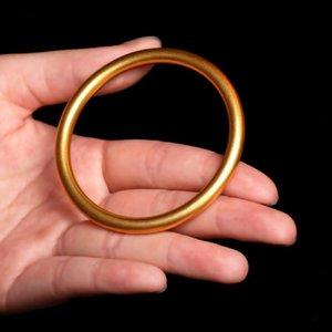 fêmea imitação ouro pulseira moagem arenáceo anel de grão pulseira sólida aluvial ouro suprimentos atacado