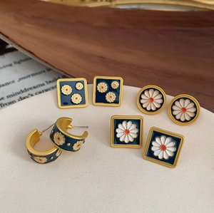 Korean Retro Embossed Small Daisy Flower 925 Silver Needle stud Earrings Simple Small Square Round Small Fresh Earrings