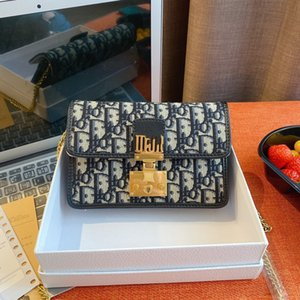2020 New Brand shopping Luxury designer handbag simple large capacity women shoulder chain decoration messenger bag shopping handbag