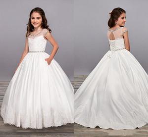 2020 Beyaz Dantel Saten Çiçek Kız Elbiseler Çocuklar Düğün Cap Sleeve Jewel Boncuklu Rhinestones Balo Abiye İlk Kutsal Communion Elbiseler