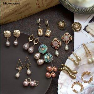 Huang Zhizhong - women's champagne pearl earrings, antique metal, geometric, irregular, round, drop color, jewelry earrings