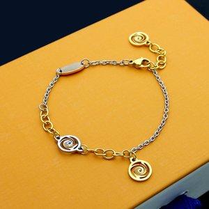 حار بيع 2020 تصميم سوار مجوهرات النساء أساور أساور مع إلكتروني سحر أساور للنساء أعلى جودة أزياء هدايا عيد الميلاد