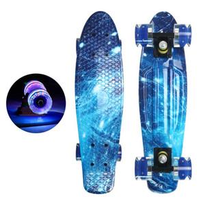 22 polegadas skate flash rodas led rodas mini cruzador skate plástico starry céu galáxia impresso longboard rua esporte ao ar livre