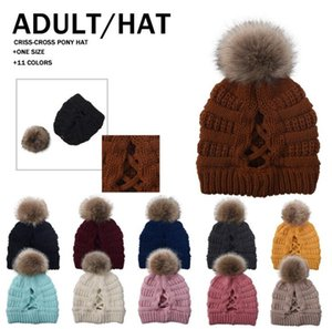 Ponytail Criss Cross Beanie Pom Pom Caps Knitted Hat Women Winter Outdoor Skull Cap Warm Detachable Removable Pompom Hat Beanies Hat GWC4224