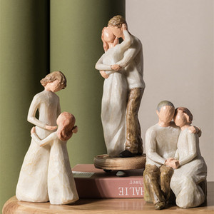 Mother's Day Birthday Christmas Wedding Gift Nordic Home Decoration People Model Living Room Accessories Family Figurines Crafts Q1124
