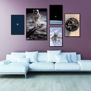 Nordic Art Poster Universe Earth Astronaut Modern Print Canvas Painting Wall Painting Picture Home Decoration Living Room Mural