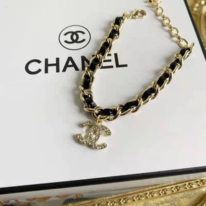 The new 2020 leather bracelet with brass material set with diamond is fashionable, stylish and super beautiful