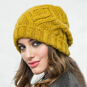 The new rhombus checkered soft thick wool knitted hat women's hat fashion autumn and winter woolen hat GD1052