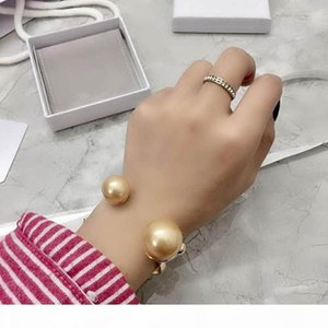 K Europe And America New Fashion Trendy Women Bracelets Gold Plated Big Pearl Bracelets Bangles For Girls Women For Party Waedding Nice