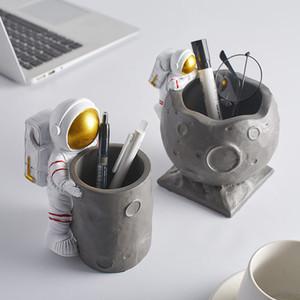 Nordic Figurine Astronaute Ornement Artisanant Artisanat Porte-stylo Ornement Décor Artisanat Figurines Micro Paysage Accueil Décoration Cadeaux