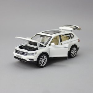 Diecast Toy Model 1:32 Scale Volkswagen Tiguan L Car Pull Back Sound & Light Doors Openable Educational Collection Gift
