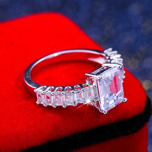 High End 2019 Cross-border New Square Zircon European and American Fashion Ladies Ring Jewelry