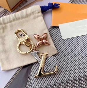 Popuplar Luxury Keychains unisex Key Chain Key Ring Holder Brand Porte Clef Gift Men Women Souvenirs Car Bag Keybuckle with box