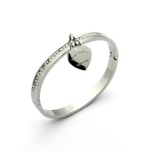 Joyas de acero de titanio Venta al por mayor Letra T Heart Corazón de una sola fila pulsera de diamante solo melocotón corazón pulsera dorado joyería de la pulsera
