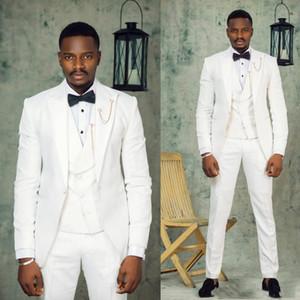 Custom Made Groomsmen White Groom Tuxedos Peak Lapel Men Suits Wedding Prom Dinner Best Man Blazer ( Jacket+Pants+Tie+Vest ) G70