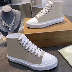 Новый низкий верхний кроссовки платформы платформы классические замшевые кожаные спортивные скейтбординг обувь мужчины женщины кроссовки30