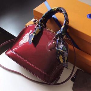 Alma Bb Vernis geprägtes Patent Leasth Ledergraviertes Vorhängeschloss glänzend kompakte Damen Umhängetasche Glamour kleine Frauen Handtasche