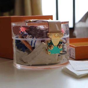 2021 Boîte de rangement de verre chaud Boîte de rangement Madame Messenger Sac Mode Single Bandes Messenger Sac Flip GI