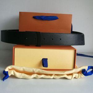 حزام حار بيع أحزمة للرجال حزام حزام عرض 3.6 سنتيمتر 12 أنماط جودة عالية مع أكياس مربع