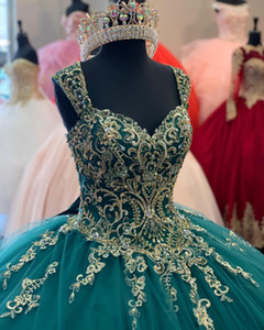 Keyhole Back Dark Green Quinceanera Dresses Lace Applqiue Beaded Sweet 16 Prom Gowns Tulle vestidos de 15 años xv dress Corset