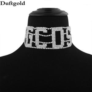 GCDS letra Choker brillante Cristal Rhinestone Collar ancho Cadena de la taza para las mujeres Collares de plata Collares de joyería de Diamante1