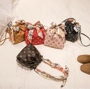 New Printing Mini Purse Ladies Pu Mobile Phone Handbags Shoulder Bags Girl Silk Scarf Bow Single Drawstring Portable Bucket Bag
