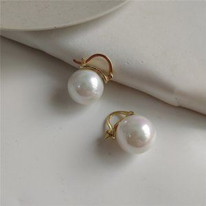 RUIYI Real 925 Sterling Silver Minimalist Sweet Girls Pearl Earring Clips Gold Korean Women Pearl Earrings Lovers Gift Ear Studs