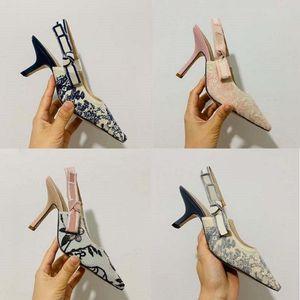 Kutu ile! Yeni Fashoin Kadın Ayakkabı Topuklu Bayanlar Düz Kadın Eğilim Klasikleri Zarif Rhinestone Pionted Toes Elbise Ayakkabı Ayakkabı02 PD02