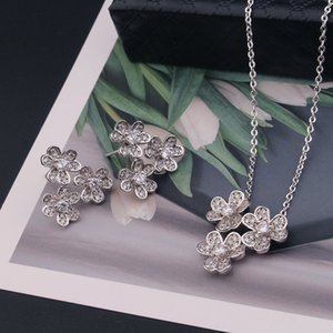 Three Clover Diamond Necklace Earring Women Classic Lucky Pendant Necklaces Handmade Female Party Wedding Jewelry Set