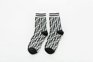 W5W вязание крючком вязание ноги теплые течки для ног осенные длинные леггинсы носки носки носки женские мода осень зима носки чулочные изделия