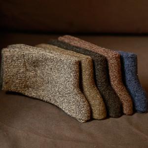 Calcetines de algodón gruesos de los hombres Especial invierno grueso calcetines cálidos de alta calidad para hombre Harajuku retro ropa de lana caliente de los calcetines (10 pares) 200924