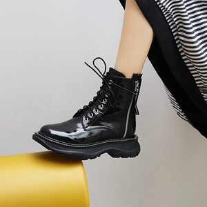 2020 Ankle Women Leather Shoes Platform Side Heels Simple Fashion Zippers and Versatile Thick Boots Yykz