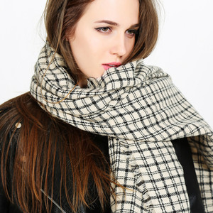 Scarf autumn and winter female fashion warm shawl dual thickening of purchasing black and white plaid long section