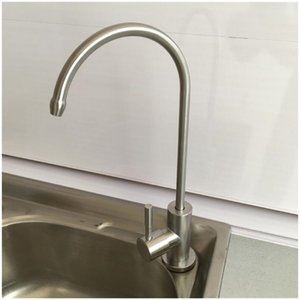 Высококачественные латунные дозатор воды дозатора горячего и холодного двойного рычага прямой питьевой кран кухонный кран дозатор