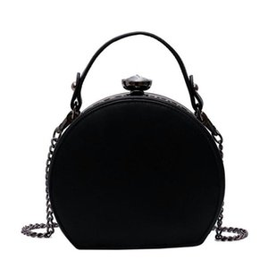 Fashion Rivet Round Bags For Women 2020 PU Leather Handbags Women Bags Designer Chains Diamonds Shoulder Crossbody