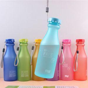 Kreative 550ml Frosted Soda Flasche Kunststoff Tragbare Tropfenfest Wasserflaschen Mode Studenten Sport Wassertalen Bottles VTKY2372