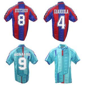 أعلى 96 97 رونالدو ريترو لكرة القدم الفانيلة جوارديولا لكرة القدم قميص 1996 1997 Barcelona Stoichkov جيرسي كلاسيك مايلوت دي القدم