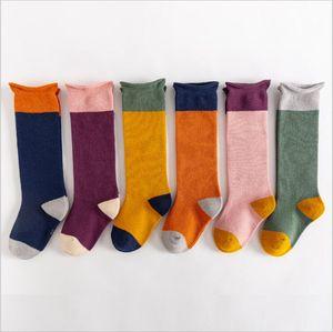 Medias de bebé Primavera Autumn Rodilla High Socks Newborn Cotton Calcetines largos Moda Princesa Boot Socks Hosiery Ropa interior Ropa para niños B7678