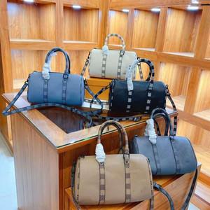 Designer-brandneue Boston-Kissenbeutel, Handtasche, Diagonalbeutel. Für beide Geschlechter. Mit Geschenkbox. Größe: 21cm13cm.