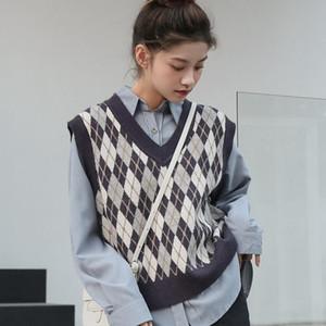 [EWQ] Winter New 2020 Women Casual Loose V-neck Patchwork Argyle Loose Short Minimalist Sleeveless Knitting Vest Coat 8Q444