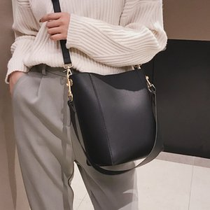 Crossbody Широкий шикарный женские ремни Ведро Сумка Superian2020 Luxurys и Child Concish Mother Package Designers Tide Bags WFFCS