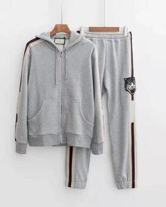 2019 가을 새로운 패션 망 디자이너 회색 후드 트랙 슈트 ~ 미국 크기 스웨리 ~ 탑스 망 훈련 조깅 땀 트랙 정장