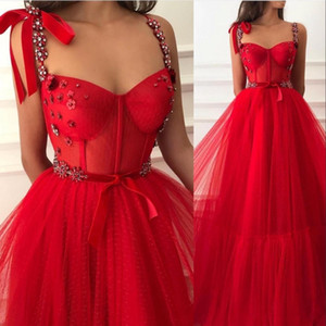 2021 New Sexy Red Prom Dresses Spaghetti Straps Crystal Beads Lace Sashes Party Dress Tulle Floor Length Celebrity Dresses Evening Gowns