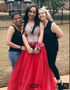 New arrival 2021 red halter neckline beaded crystals prom dress deep v neck sexy sheer back elegant prom gowns 2020 hot sale