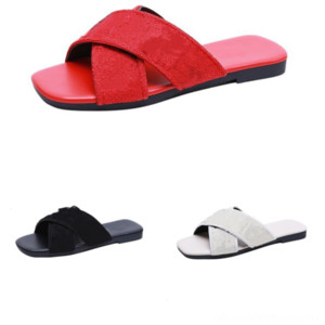 IYXBR Summer Slippers Mujeres Hombre Maner Slipper Slide Luxurys Designer Mujeres Flops de dibujos animados Fruta Fresa Girl Flip Sandals Slide Shoes